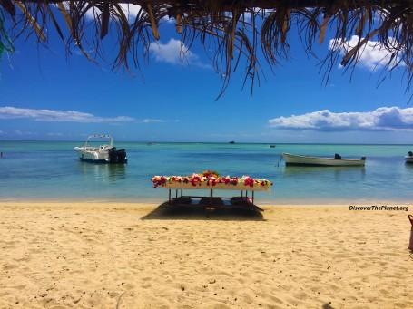 beach boats 1